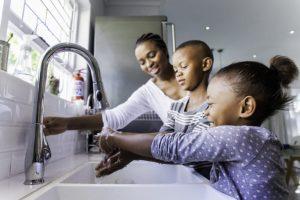 (http://blog.bluekc.com/wp-content/uploads/2018/02/handwashing-768x512.jpg)