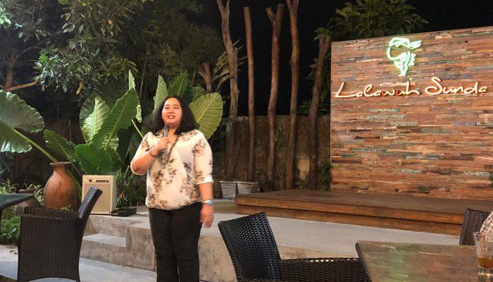 Bu Tata is giving her speech